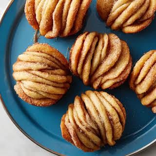Cinnamon Sugar Pull-Apart Muffins.