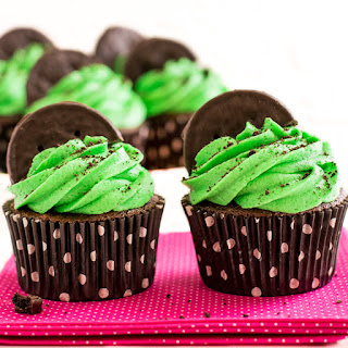 Girl Scout Cookie Inspired Thin Mint Cupcakes