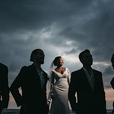 Wedding photographer Marcos Valdés (marcosvaldes). Photo of 18.12.2018