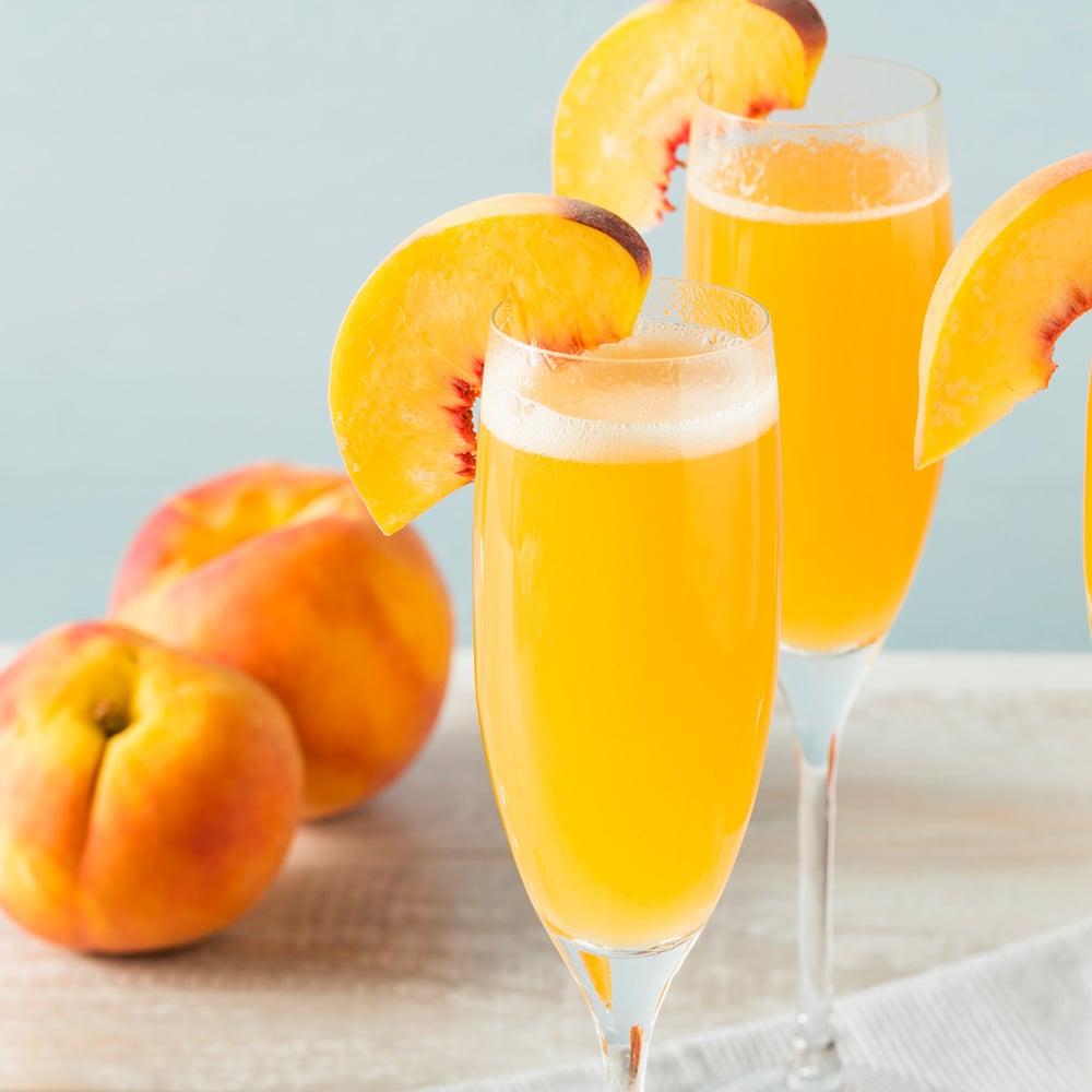 best-brunch-cocktail-recipes_peach_bellini
