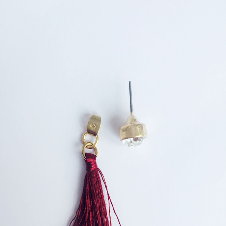 E043_R - R. Lady Aurora Tassel Earrings
