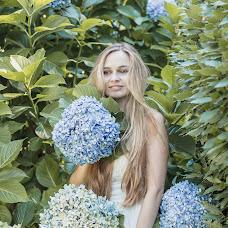 Wedding photographer Alyona Lyakhovets (NaiveAngelPhoto). Photo of 16.10.2017