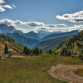 Od Fedare... by Miloš Stanko - Landscapes Mountains & Hills ( hory, louky, fedare, obloha, dolomites )