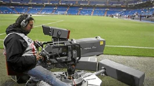 Telefónica ofrece 1.350 millones de euros por los derechos de la Liga de las tres próximas temporadas