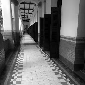 Pintu Seribu by Evan Septian - Black & White Buildings & Architecture