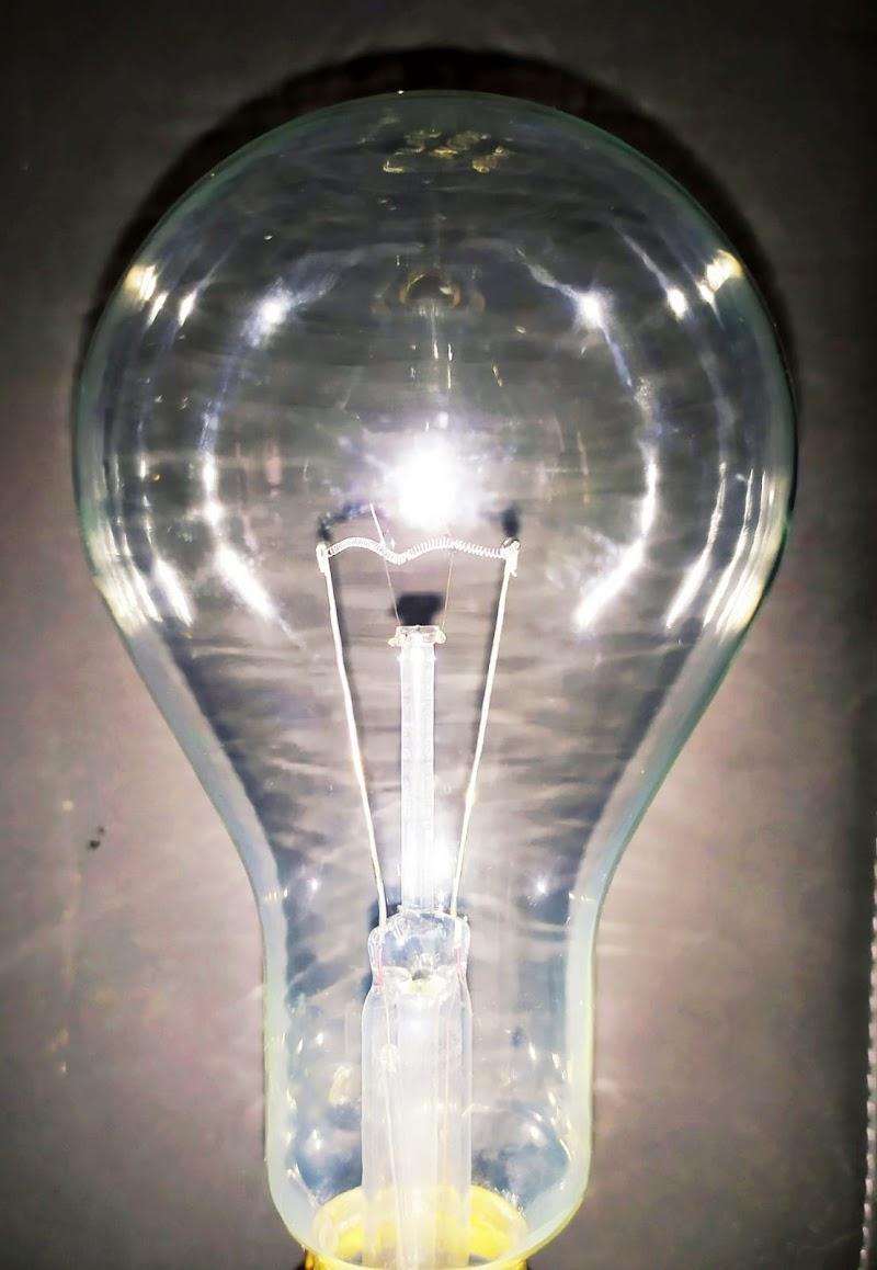 La lampadina di mariella_aliotta