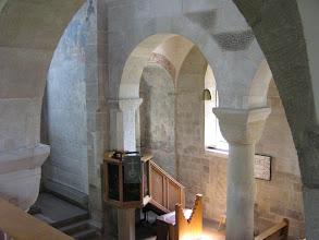 Photo: Martinskirche Neckartailfingen: Durchblick von der Empore im nördlichen Seitenschiff