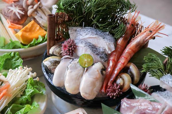 「熨斗目花珈琲/珈理」日系水炊湯頭鍋物來暖心,湯咖哩熬煮食材好對味!