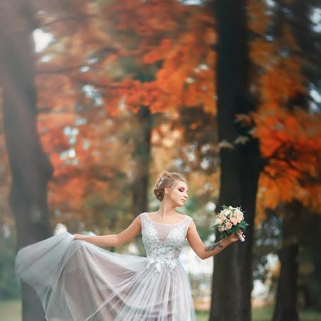 Wedding photographer Vyacheslav Vanifatev (sla007). Photo of 24.12.2017