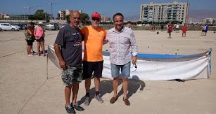 Juanjo Segura con el equipo organizador.