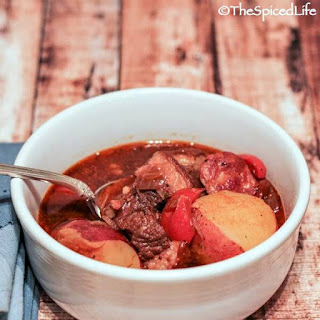 Cuban Spicy Oxtail Stew (Rabo Encendido).