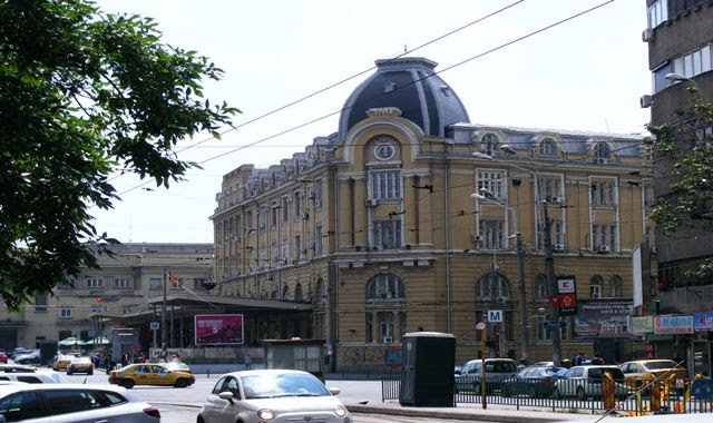 SUBWAY FROM BUCHAREST TRAIN STATION