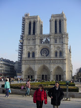 Photo: Friday afternoon takes us on a tour of the exterior of Notre-Dame Cathedral. The construction was in two phases: 1163 to about 1250 for the central structure and towers, and 1220 to 1320 for the flying buttresses, which opened space for the stained glass and the chapels between them. Much of what is plainly visible is, however, a product of 19th century restorations.