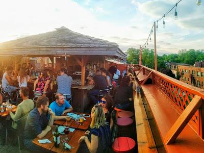 Pauper's Pub rooftop patio