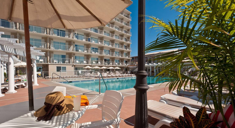 Reges Oceanfront Resort