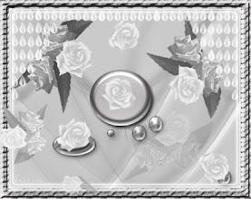 Photo: Ezüst virágok,ezüst háttérrel.