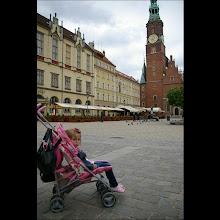 Photo: 15 V 2012 roku -  Amelka już się  zmęczyła ............