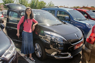 Photo: Kat - proud lessor of a brand new Renault for a month