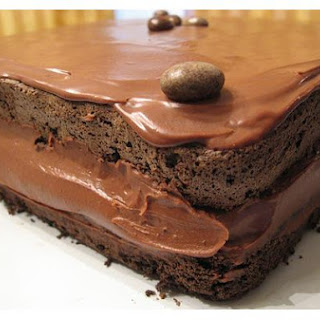 Mocha Layer Cake With Chocolate-Rum Cream Filling