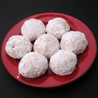 Italian Butterball Cookies.