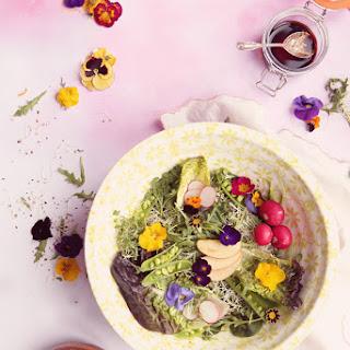 Edible Flowers Salad.