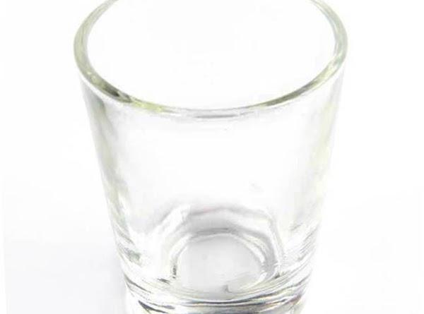 Pour shot