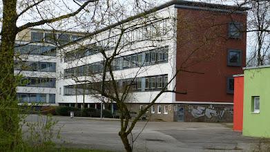 Photo: Helmholtz-Gymnasium; EI