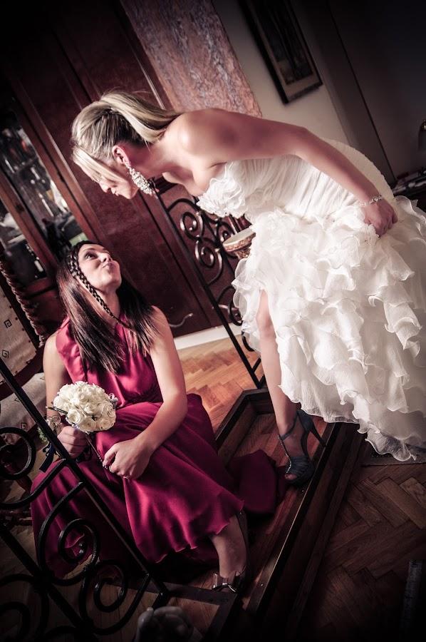 Wedding bride by Boštjan Vučak - Wedding Getting Ready ( bridesmade, wedding, art, bride, women )
