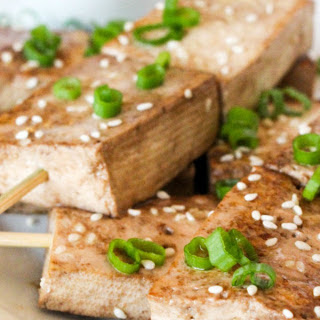 Sesame Ginger Tofu Skewers With Peanut Dipping Sauce [Vegan].