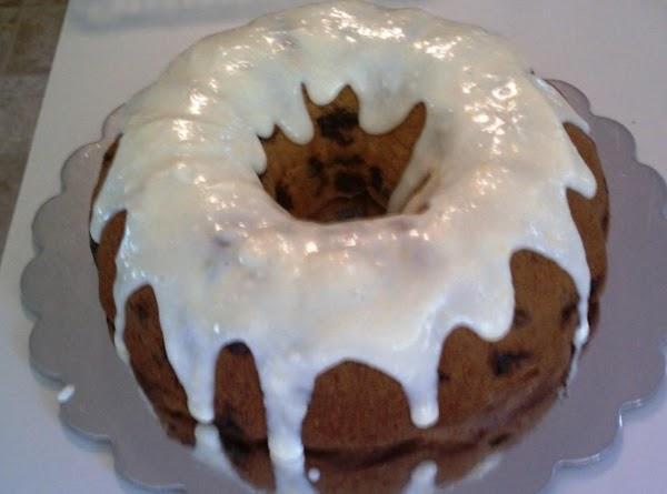 Once cake is cooled, make lemon glaze.  For Powdered Sugar Based Glaze: ...