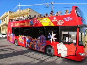Photo: 301 Gozo, Ggantija, bus à impériale touristique