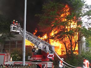 Photo: Durchzündung etwa zwei Minuten nach Eintreffen der Feuerwehr