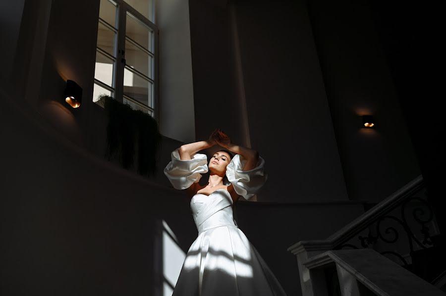 Wedding photographer Vladimir Esipov (esipov). Photo of 03.10.2020