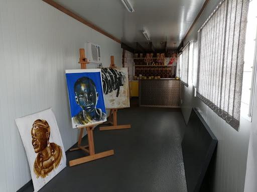 Ennock Mlangeni helps develop new art talent in his community