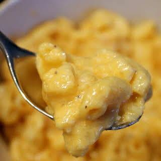 Uncooked Macaroni Crock Pot Mac and Cheese.