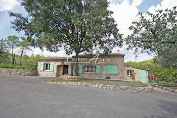 villa à Taradeau (83)