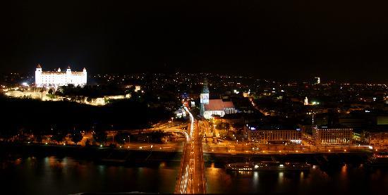 bratislava-vista-dall.jpg
