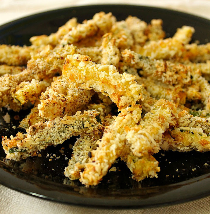 Low Carb Side Dish - Baked Zucchini Fries Recipe