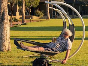 Photo: Reizen is hard werken!