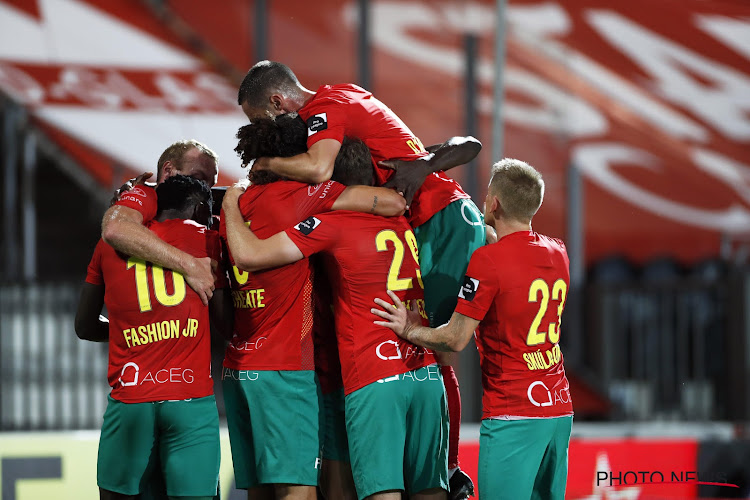 KV Oostende haalt middenvelder van Charleroi