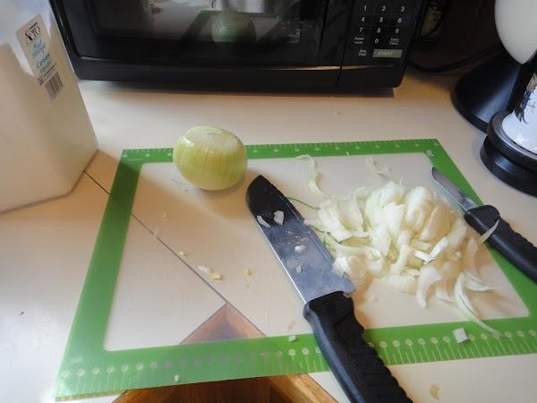Peel and slice up 2 medium onions.