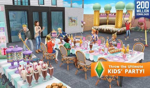 The Sims FreePlay  mod screenshots 1