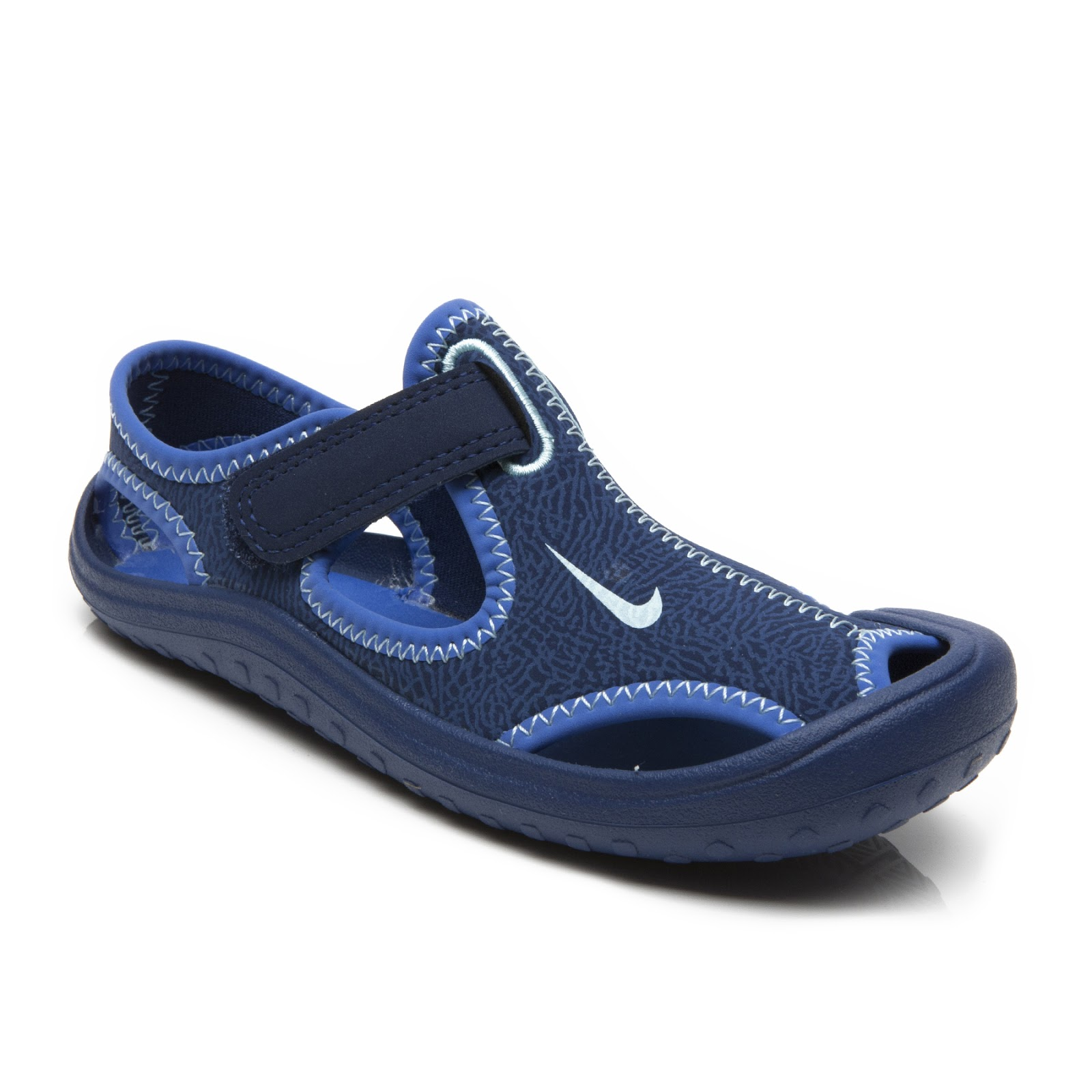 68c93dbe4426ce ... where can i buy nike sunray protect sandal 6eff8 99e77