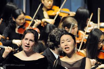 Photo: Melanie Albers und Mitsuyo Okamoto (Alt) Die japanische Sängerin studierte in Kochi (Japan) und an der Musikhochschule Rostock.