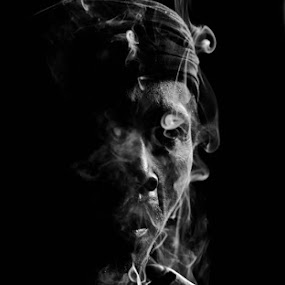 man behind the smoke by Harri Pratama - People Portraits of Men