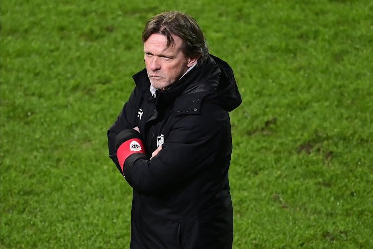 """Frank Vercauteren pakt uit met erg opvallende 'primeur' tegen Eupen: """"Spelers zijn gemaakt om 90 minuten te spelen"""""""