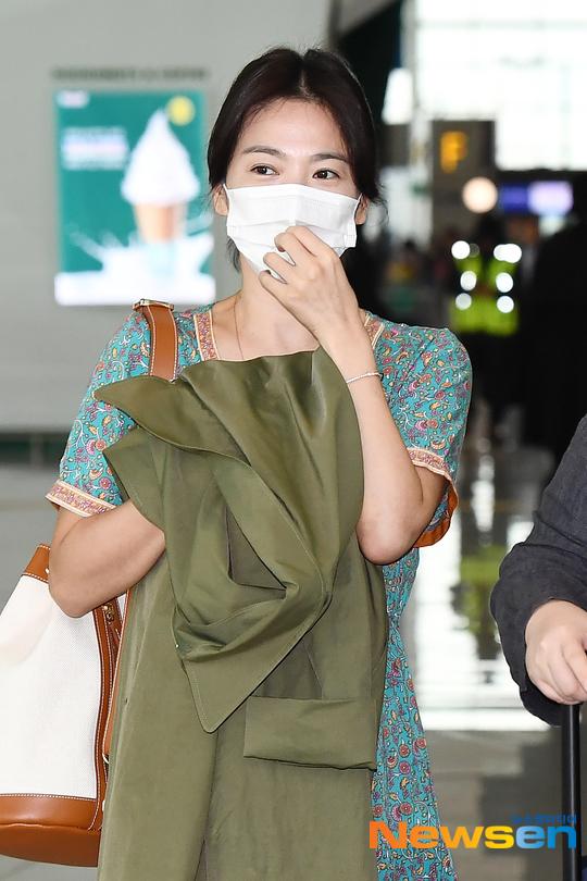 song hye kyo ringless 9