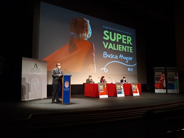 Un momento de la presentación de la campaña en el Auditorio Maestro Padilla.