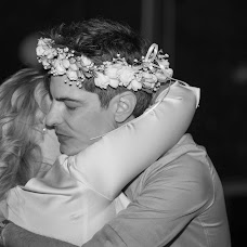 Wedding photographer Ciprian Nicolae Ianos (ianoscipriann). Photo of 02.02.2015