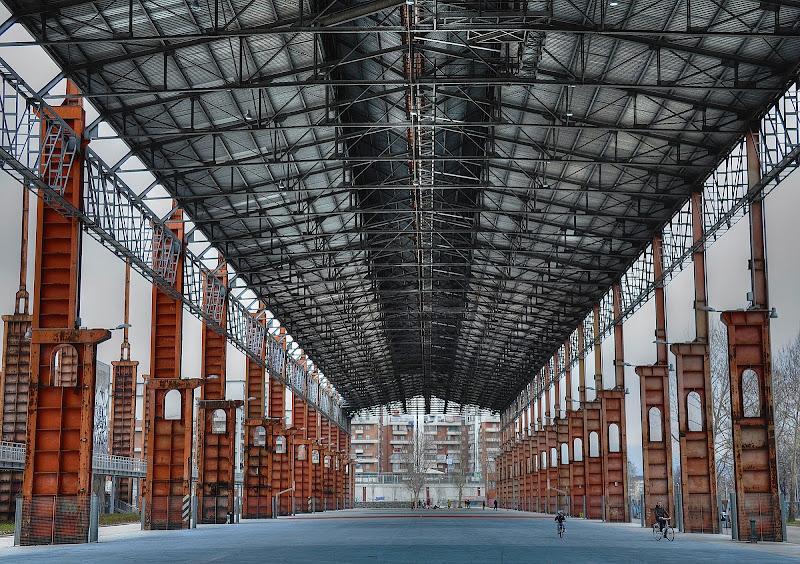 L'Immensità della Vecchia Fabbrica di Paolo Scabbia
